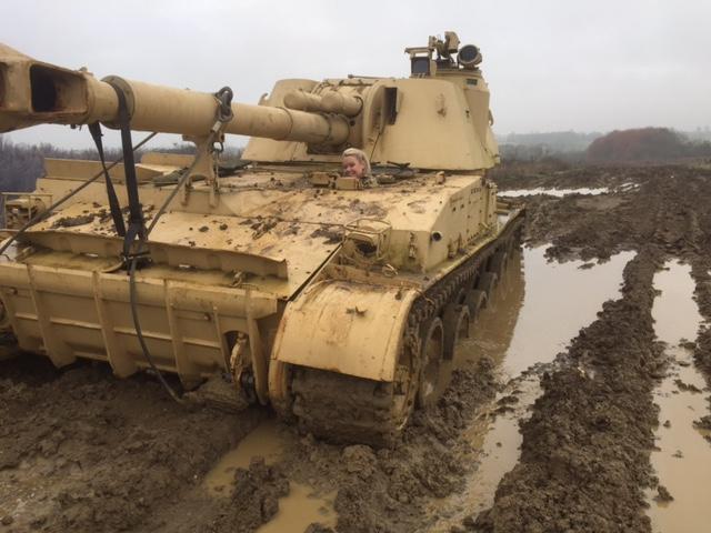 russian 2s3 akatsiya self propelled gun for sale tank