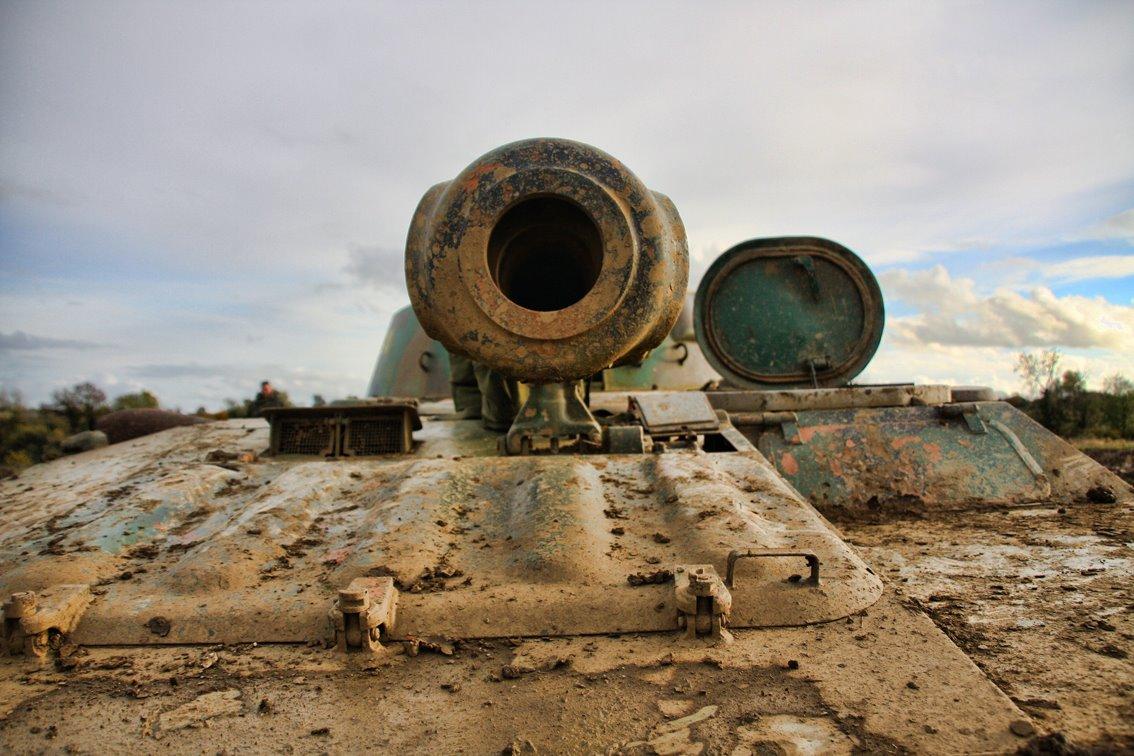 VIP Private Tank Car Crush Driving Experience 2S1 Grozdilka