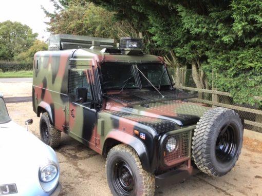 Englishman's Humvee 926893 29KK28